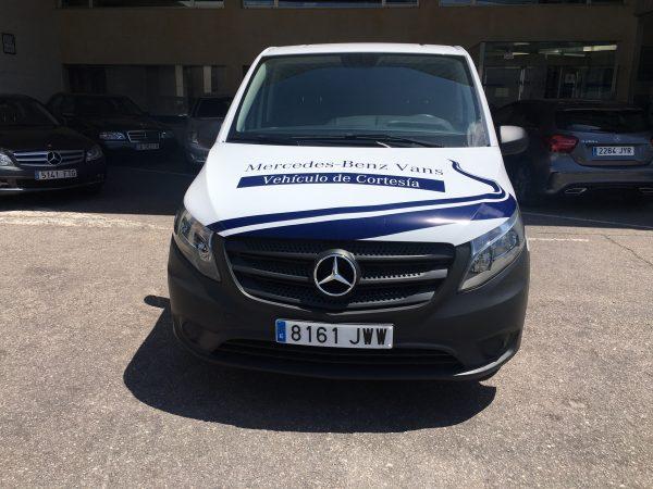 Rotulación de furgoneta realizada para ATV Mercedes en Salamanca